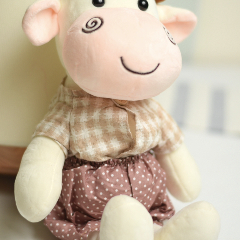 خرید عروسک پولیشی گاو