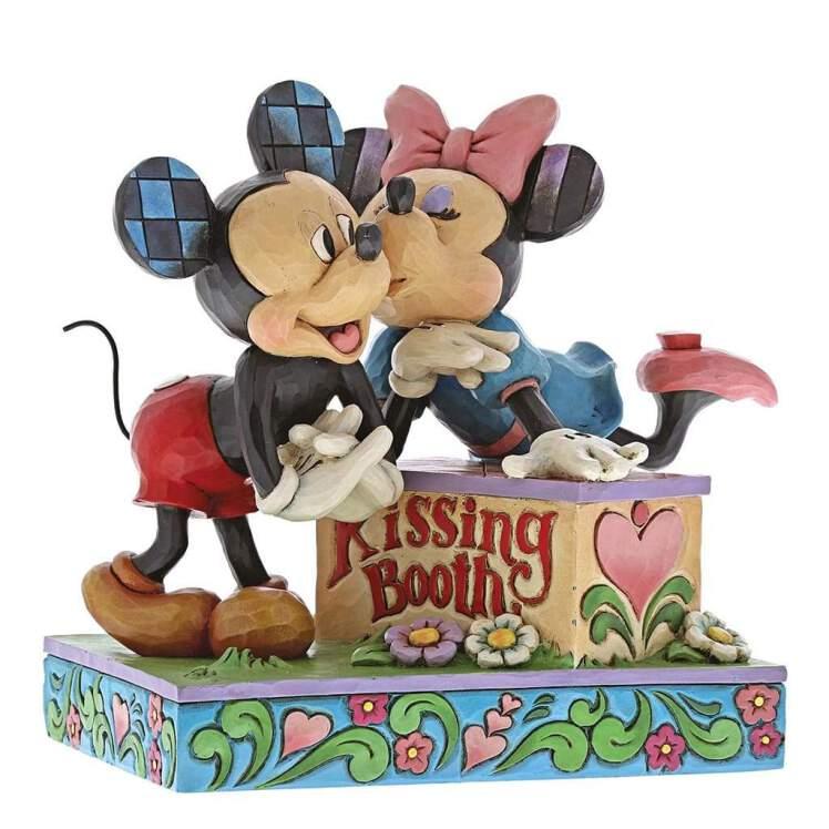 خرید فیگور Kissing Booth