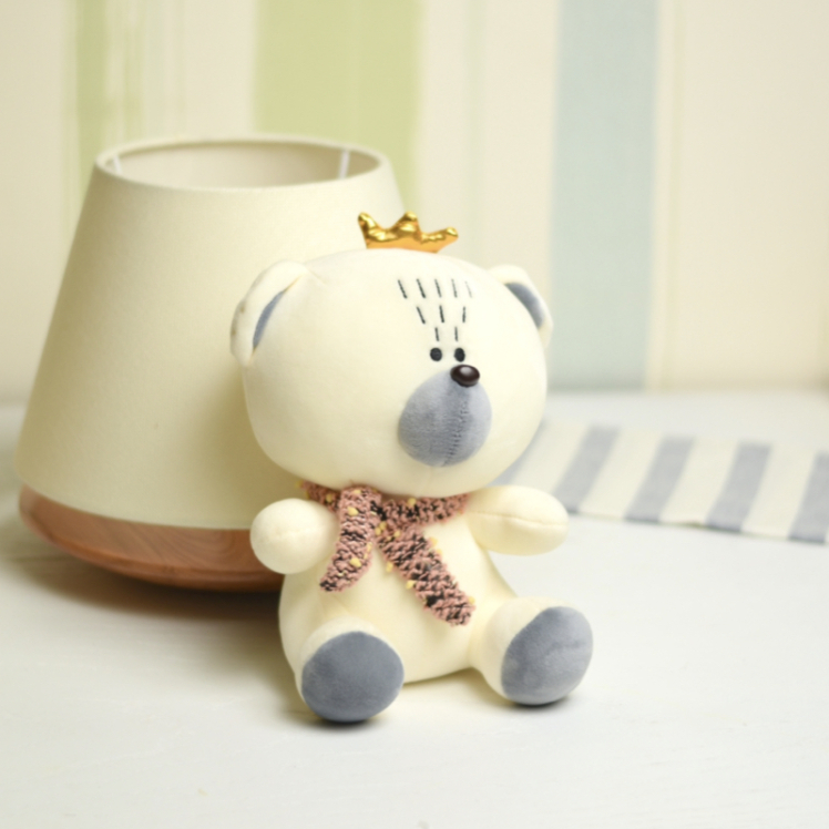 خرید عروسک خرس تاج دار با شال گردن